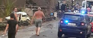 Le lacrime di Pantelleria, case scoperchiate e muri abbattuti: i 2 feriti in ospedale con fratture multiple