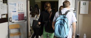 Scuola, in Sicilia test salivari agli alunni e niente mascherina se l'intera classe è vaccinata