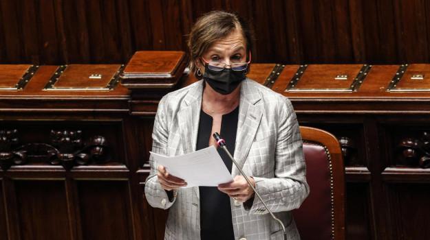 coronavirus, green pass, porti, Luciana Lamorgese, Sicilia, Politica