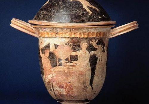 Dopo oltre 40 anni la Pisside centuripina tornerà in Sicilia