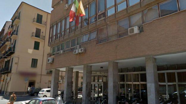 LAVORO, sanità, Palermo, Economia