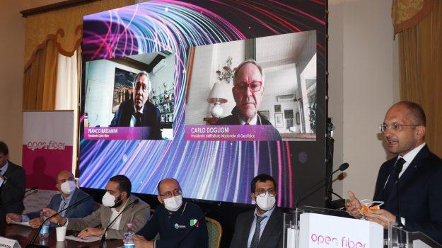 La presentazione del progetto Meglio: la fibra ottica Open Fiber legge i terremoti