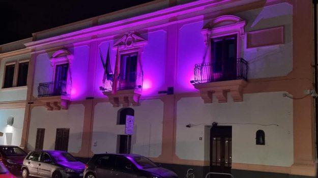 isole delle femminile, lotta al tumore, palazzo comunale, Palermo, Cronaca