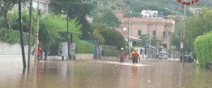 Frane e allagamenti da Palermo a Messina, due trombe d'aria al largo di Cefalù