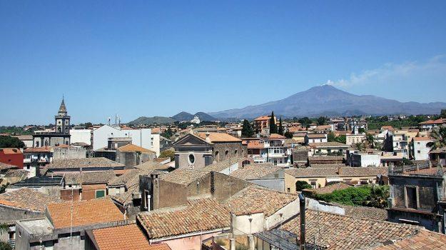 Mascalucia, zona arancione, Catania, Cronaca
