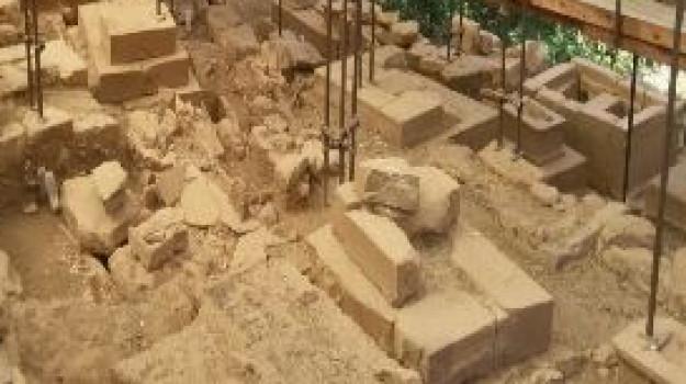 archeologia, necropoli, Tindari, Alberto Samonà, Sicilia, Cultura