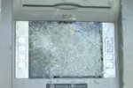Vandali a Licata, distrutti bancomat e panchina