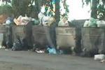Rifiuti, cassonetti pieni ad Agrigento: le immagini