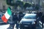 Licata, i commercianti scendono in strada