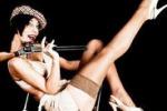 Agrigento, serata Burlesque con Lola Lustrini