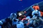 """La denuncia dei migranti: """"Derubati nella nave della Marina"""""""
