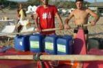 Agrigento, trovati in mare 5 bidoni di olio esausto