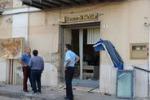 Assaltato un bancomat a Delia: colpo fallito, rapinatori in fuga