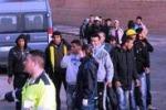 Protesta degli immigrati a Mineo, bloccata la Catania-Gela Il servizio da Tgs