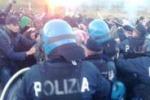 Manifestazione contro il Muos, scontri a Niscemi