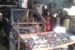 Incendiata officina meccanica a Gela: le immagini