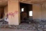 Catania, il declino di villa Fazio: le immagini del degrado