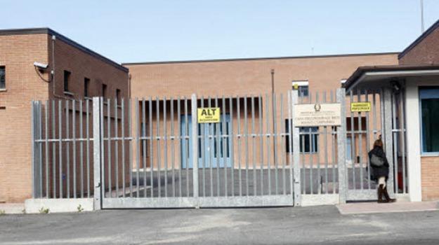 aggressioni, carcere, Catania, Cronaca