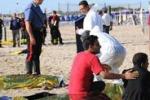 Lo sbarco a Catania, 6 i morti: le immagini
