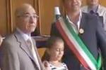 Aci Sant'Antonio, cittadinanza onoraria per 27 stranieri