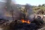 Giarre, roghi e fiamme in via delle Zagare