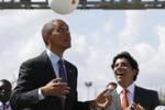 La foto. Obama e la palla che crea energia