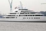 La foto. Azzam, lo yacht più grande e veloce del mondo