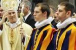 Roma, il giuramento delle Guardie Svizzere