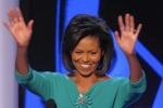 Michelle Obama al telefono per Babbo Natale