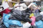 Il Natale che passa, i rifiuti che restano - di Igor Petyx