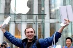 Negli States tutti in fila per l'iPad 2