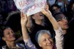 Referendum, il popolo del si' fa festa in piazza