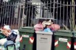 Cronache loro. A Palermo rifiuti... in stile Liberty