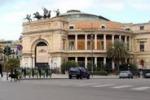 Benzina esaurita, strade deserte a Palermo