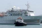Costa Allegra arriva al porto di Mahe': le immagini