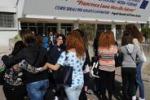 Brindisi, riapre la scuola Morvillo: studentesse in lacrime
