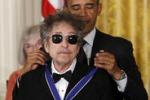 Obama omaggia Bob Dylan: e' un gigante della musica