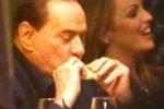 Berlusconi in pizzeria dopo il vertice Pdl