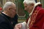 L'addio di Benedetto XVI: saluto ai cardinali