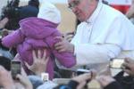 Messa di inizio Pontificato, Bergoglio saluta i fedeli