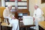 L'incontro fra i due Papi, Francesco visita Bendetto XVI