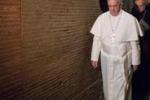 Papa Francesco in visita nella necropoli vaticana