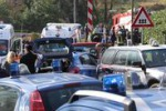 Ambulanza investita da un treno a Pontida: le immagini