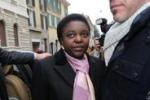 Kyenge a Brescia: proteste e momenti di tensione