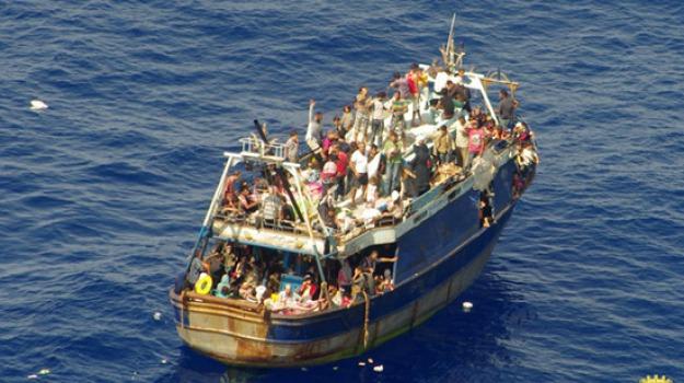 immigrazione, sbarco, scafista, Siracusa, Cronaca