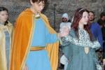 Cavalieri, sfide e giullari: ad Enna rivive il Medioevo