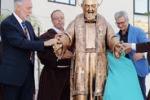 Enna, una statua di Padre Pio all'ospedale Umberto I