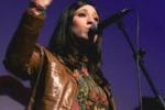 Roberta Gulisano suona, canta e recita ad Enna