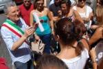 Aidone, senza stipendio da mesi: sit-in degli addetti Copros