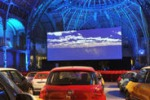 """Cinema Paradiso"", a Parigi drive-in a bordo di una Fiat 500"
